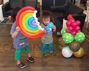 Balloon Sculpture Artist