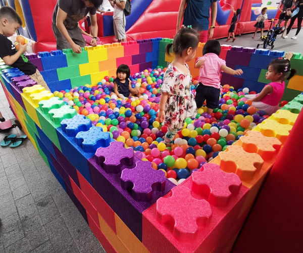 Rent Gaint Ball Pit